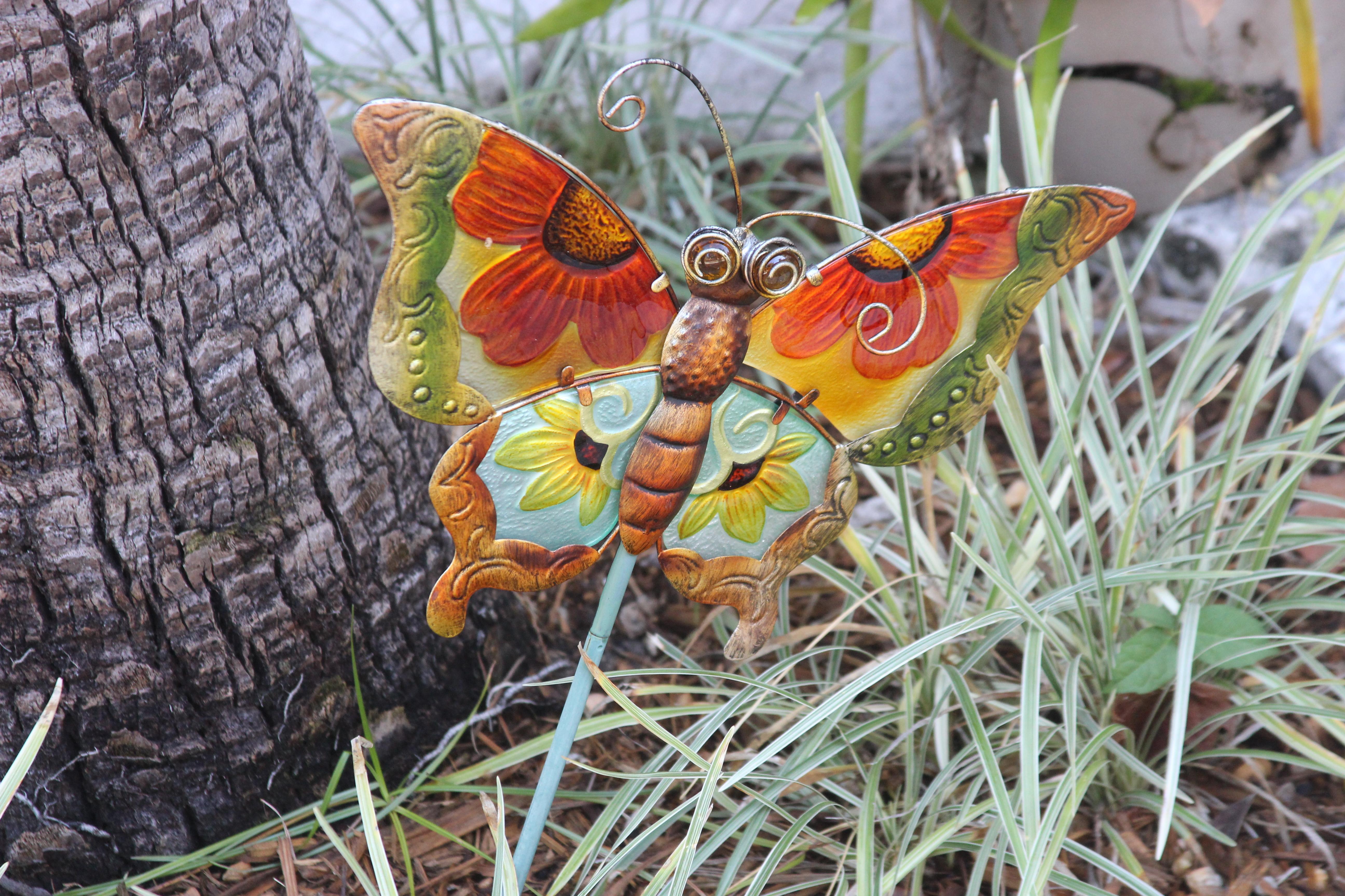 float-like-a-butterfly-sting-like-a-bee_31103403290_o